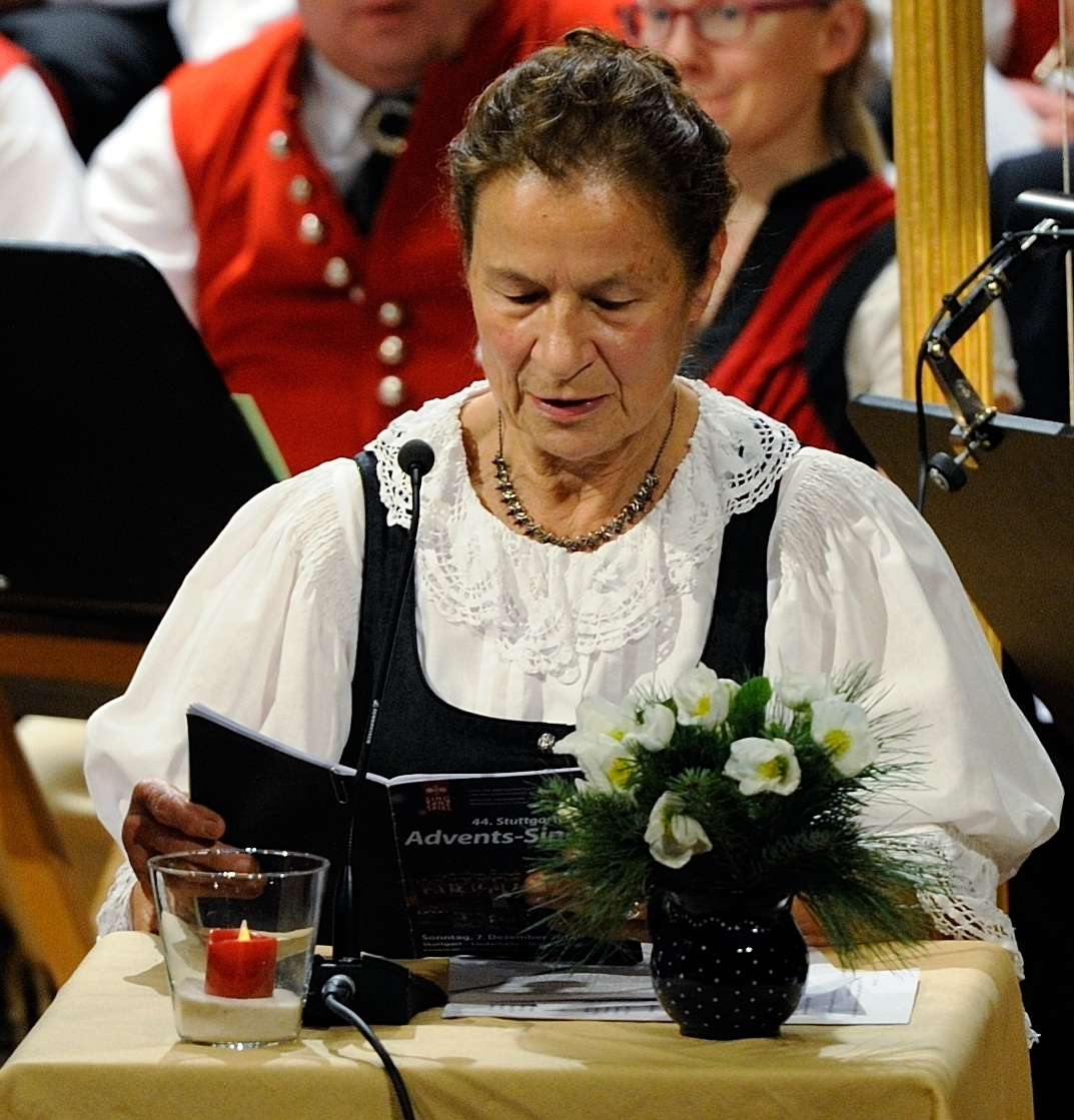 Adventskonzert Stuttgarter Advents Singen - Ursula Brenner